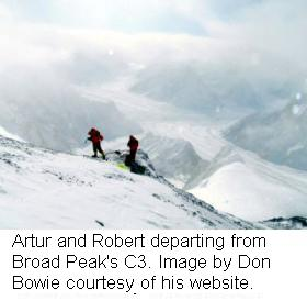 artur-and-robert-departing-from-broad-peaks-c3-new1
