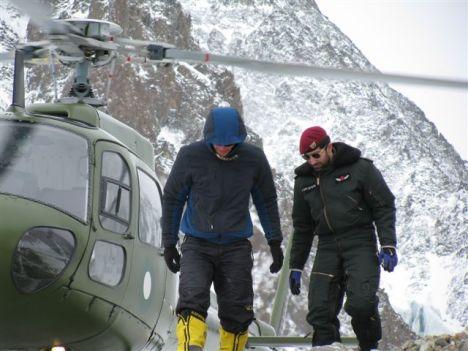 bp-helikopter-w-bazie