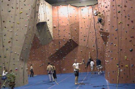 indoor rock climbing 1a