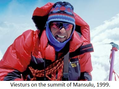 Viesturs on the summit of Mansulu, 1999.