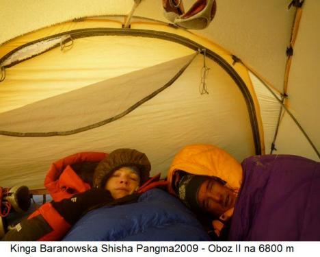 Kinga Baranowska Shisha Pangma2009 - Oboz II na 6800 m
