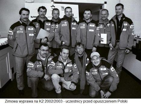 K2 2002_2003 Zimowa wyprawa na K2 uczestnicy przed opuszczeniem Polski